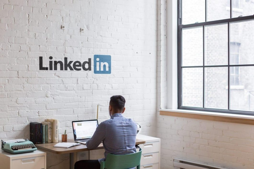 Top 5 LINKEDIN Tools to Boost SALES with full Potential